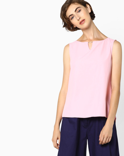 High-Low Top With Keyhole Neckline By AJIO ( Pink )
