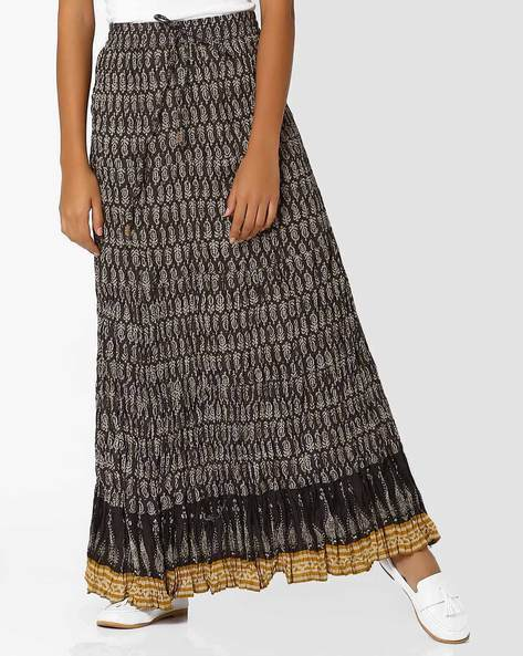 Printed Crushed Maxi Skirt By SIYAHI ( Black )