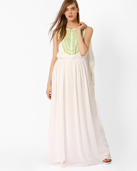 Maxi Dress With Embroidered Panel By Oxolloxo ( White )
