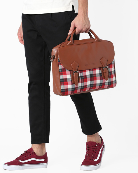 Checked Laptop Messenger Bag By GAUGE MACHINE ( Tan )