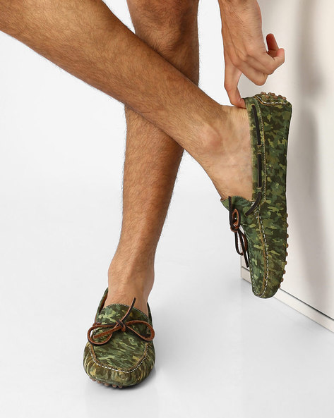 Camouflage Print N9-Treated Suede Loafers By AJIO ( Olive )