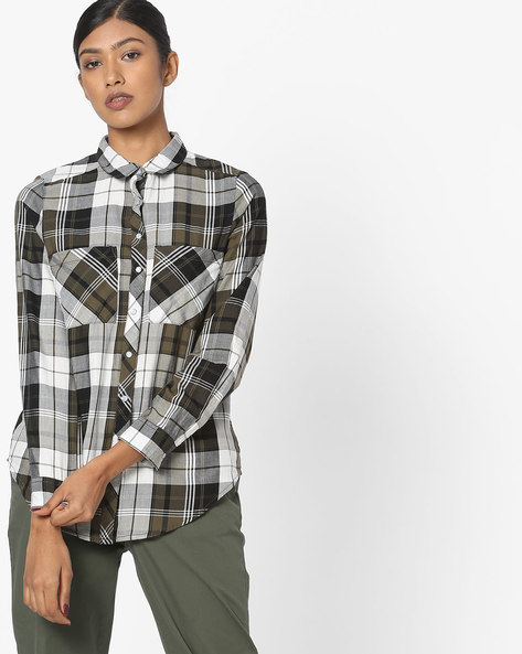 Checked Shirt With Patch Pockets By DNMX ( Olive )