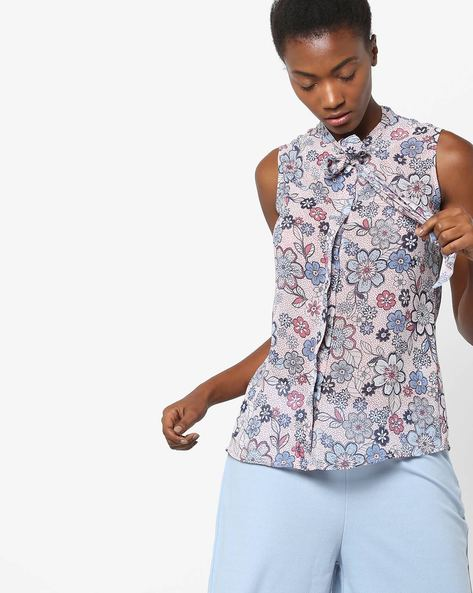 Floral Printed Shirt With Tie- Up By AJIO ( Pink )