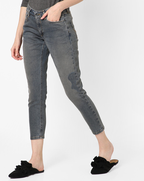 Lightly Washed Skinny Fit Distressed Jeans By Pepe Jeans ( Grey )