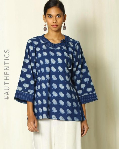 Floral Handblock Print Indigo Cotton Top By Indie Picks ( Indigo )