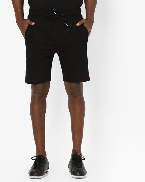 Mid-Rise Shorts With Drawstring Waist By AJIO ( Black )