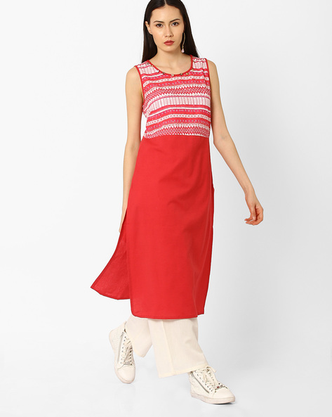 Sleeveless Kurta With Printed Yoke By AJIO ( Red )