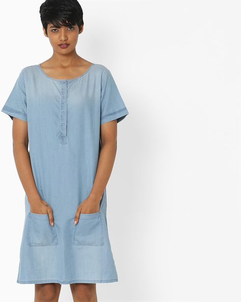 Denim Shift Dress With Pockets By Evah London ( Blue )