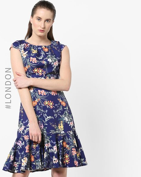 Floral Print Dress With Tie-Up By Closet London ( Multi )