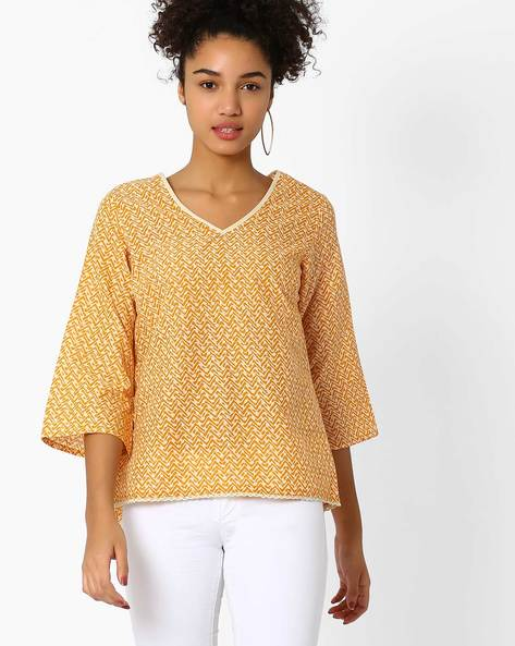 Printed High-Low Top By AJIO ( Mustard )