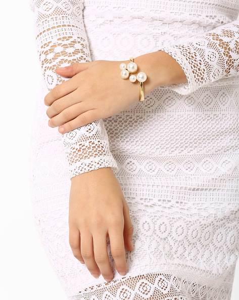 Pearl Bouquet Bracelet By Style Fiesta ( Whitegold )