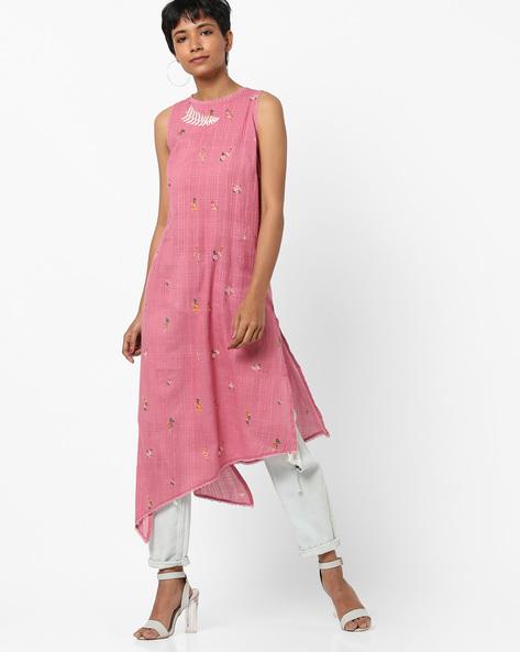 Floral Print Sleeveless Straight Kurta By AJIO ( Pink )