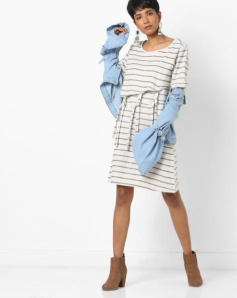 Striped Layered Dress With Tie-Ups By AJIO ( Offwhite )