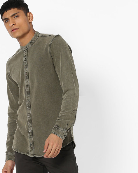 Lightly Washed Slim Denim Shirt By AJIO ( Olive )