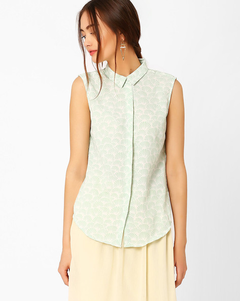 Printed Sleeveless Shirt By AJIO ( Olive )