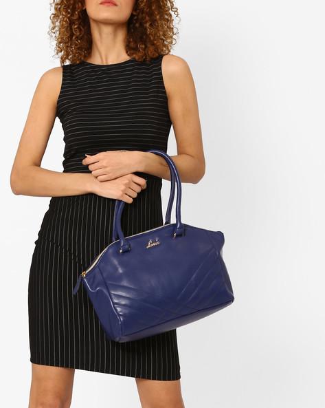 Matelassé-Stitched Shoulder Bag By Lavie ( Navy )