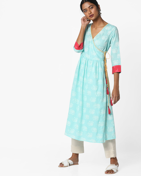 Printed Angrakha Kurta With Tassel Tie-Up By AJIO ( Aqua )