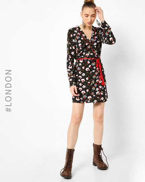 Floral Print Wrap Dress With Tie-Up By Glamorous ( Multi )