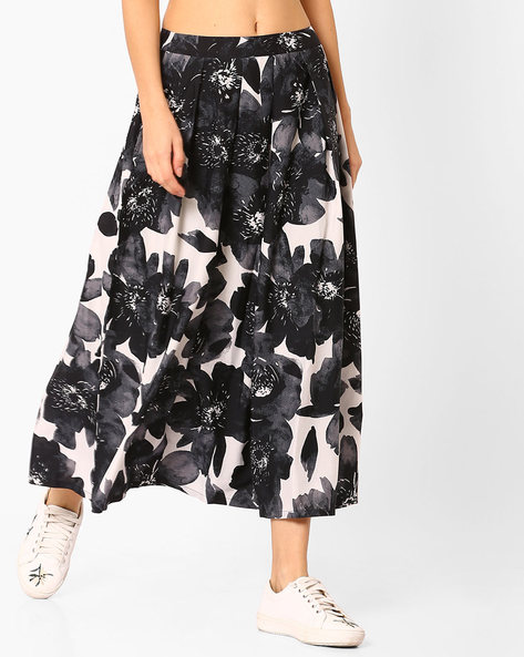 Floral Print Midi Skirt By Vajor ( Multi )