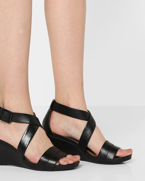 Acina Newport Leather Wedges By CLARKS ( Black )