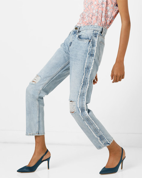 Distressed Slim Fit Jeans With Frayed Panels By AJIO ( Lightblue )