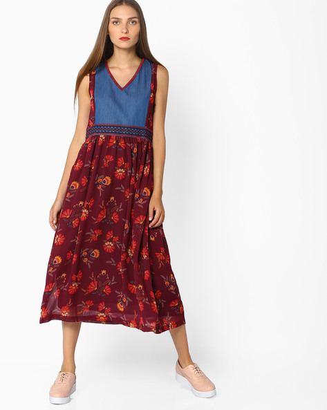Sleeveless Printed Midi Dress By AJIO ( Red )