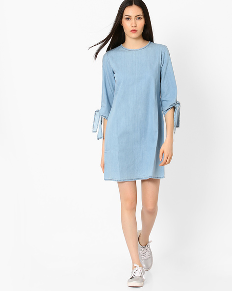 Denim Shift Dress With Cold Shoulders By AJIO ( Lightblue )
