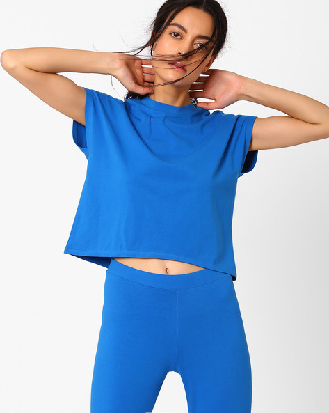 Short Top With Extended Sleeves By AJIO ( Blue )
