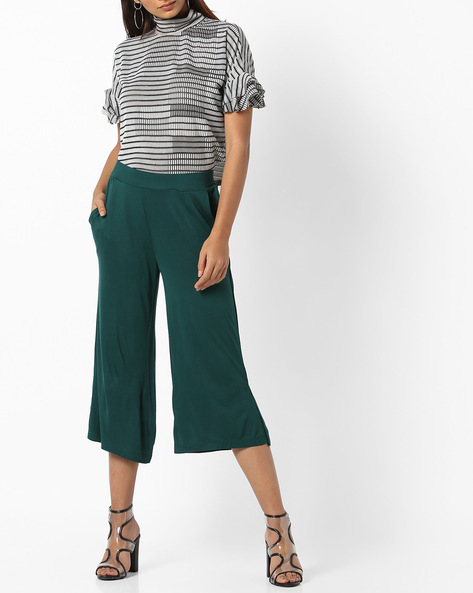 Cropped Pants With Side Slits By AJIO ( Darkgreen )