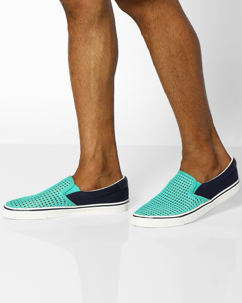 Canvas Casual Shoes With Mesh Panel By UNITED COLORS OF BENETTON ( Teal )