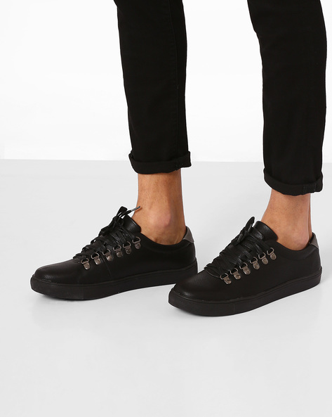 Textured Casual Shoes By Carlton London ( Black )