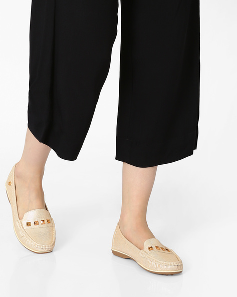 Textured Loafers With Pyramid Studs By Carlton London ( Lightgold )