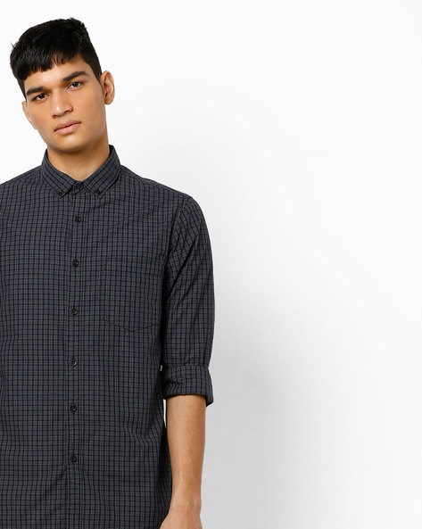 Slim Fit Checked Shirt With Button-Down Collar By AJIO ( Grey )