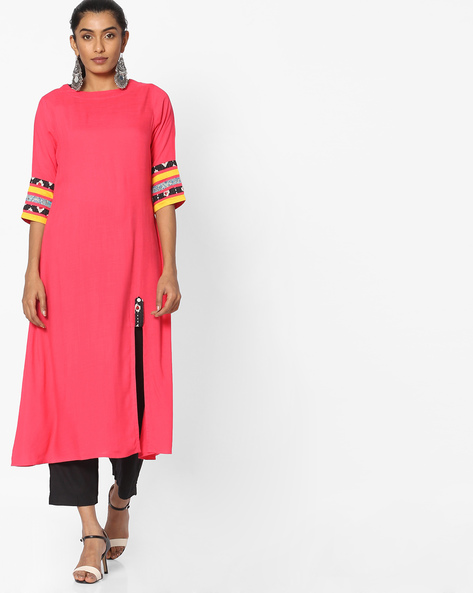 Straight Kurta With Front Slit By Breya ( Peach )