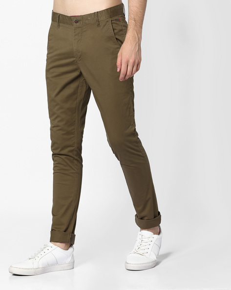 Skinny Chinos With Scoop Pockets By AJIO ( Olive )