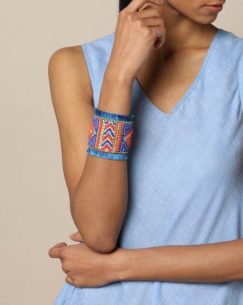 Adjustable Beaded Bracelet By Indie Picks ( Blue )