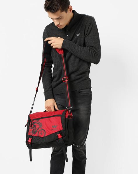 Colourblock Messenger Bag By Wildcraft ( Black )