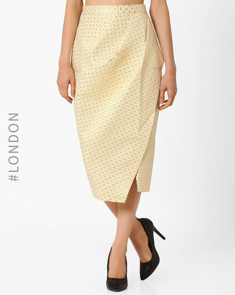 Metallic Jacquard Asymmetric Wrap Skirt By Closet London ( Cream )
