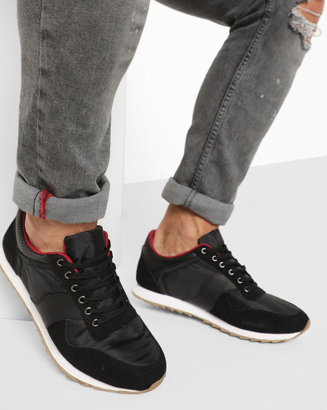 Panelled Lace-Up Sports Shoe By AJIO ( Black )