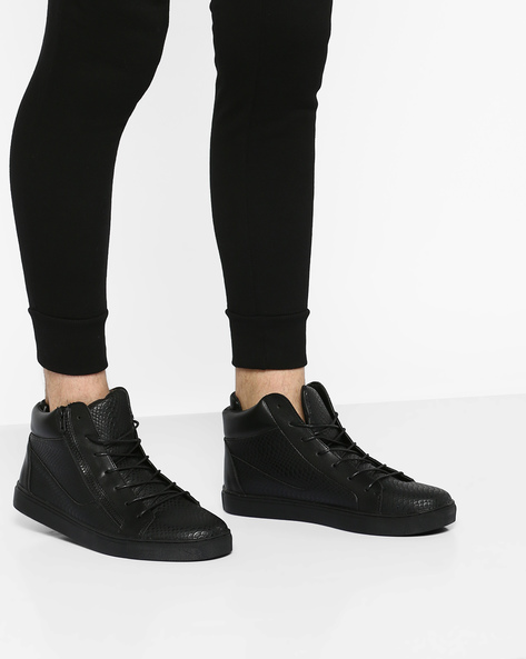 High-Top Panelled Sneakers By AJIO ( Black )