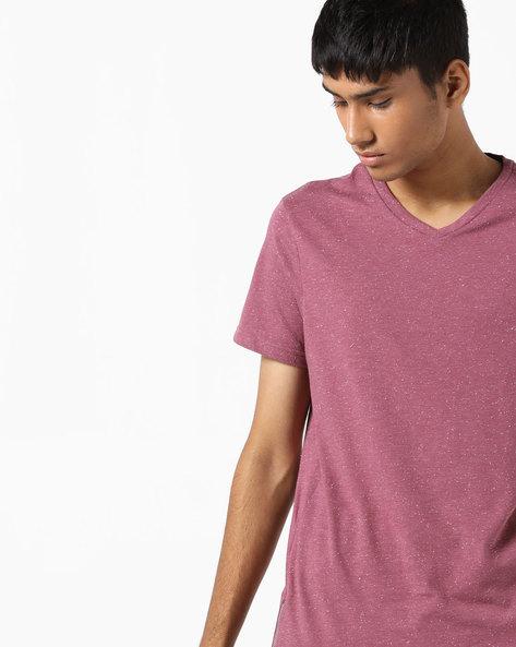 Slim Fit V-Neck T-shirt By AJIO ( Pink )