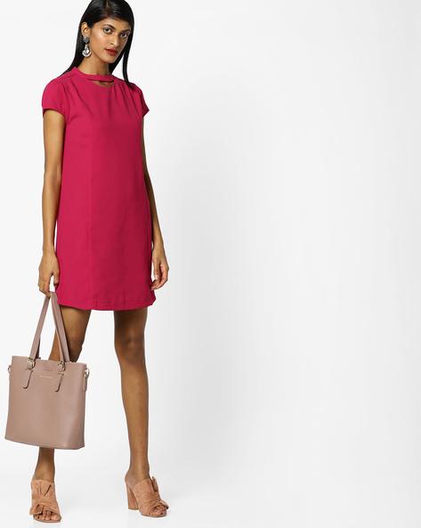 Shift Dress With Choker Neckline By AJIO ( Red )