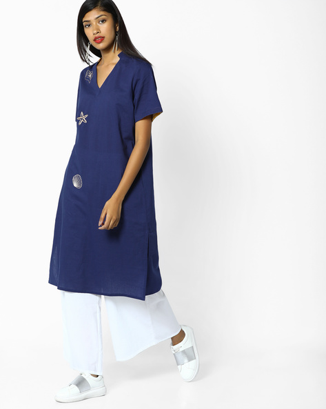 Placement Embroidery Kurta With Pockets By AJIO ( Blue )