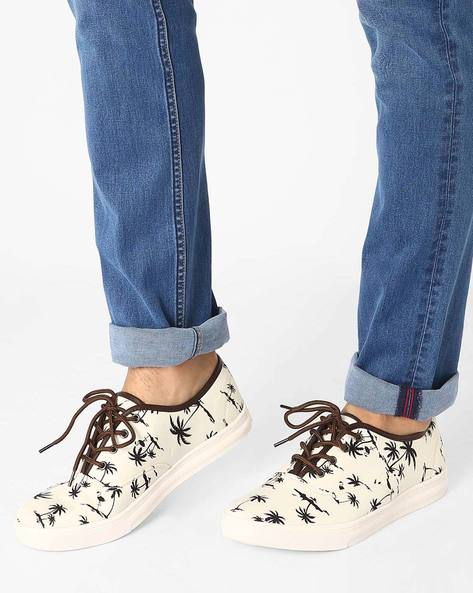 Printed Canvas Shoes By AJIO ( White )