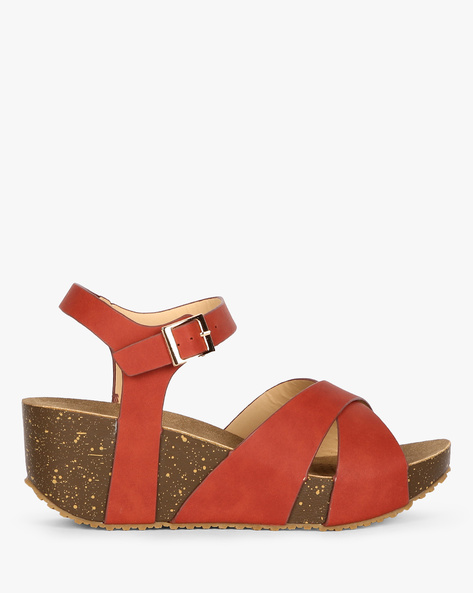 Wedges With Criss-Cross Straps By AJIO ( Maroon )