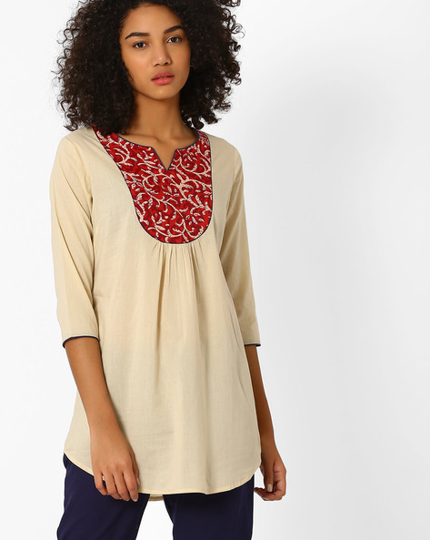 Tunic With Contrast Print Yoke By AJIO ( Beige )