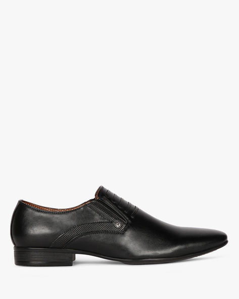 Textured Slip-On Formal Shoes By ALBERTO TORRESI ( Black )