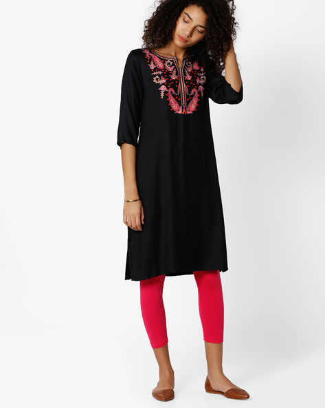 Straight Kurta With Embroidery By AVAASA MIX N' MATCH ( Black )