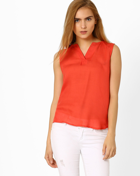 Sleeveless High-Low Top By ANONYMOUS CO ( Red )