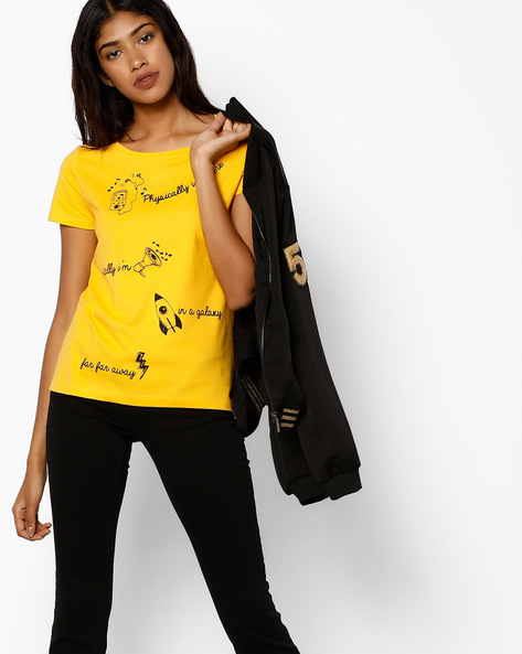 Graphic-Print Crew-Neck T-shirt By AJIO ( Yellow )